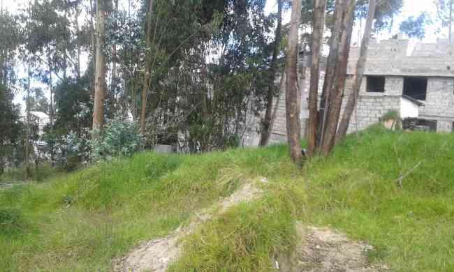 Vendo terreno de 1726 metros cuadrados al norte de Quito, Tablón del Sur.