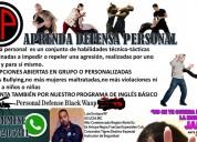 Aprenda defensa personal e inglés básico