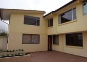 Hermosa casa rentera independiente en quito norte 6 dormitorios 283 m2
