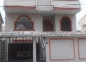 Ciudadela los almendros vendo casa a desniveles tres pisos con terraza 3 dormitorios 220 m2