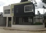 Moderna villa en ricaurte cuenca con amplio espacio verde 4 dormitorios 285 m2