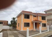 Preciosa casa playera en manta 3 dormitorios 562 m2