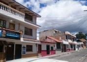 Se vende negocio de spa y departamento en el centro de cotacachi 4 dormitorios 144 m2