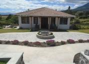 Se vende casa en el conjunto tierra nueva en pinsaqui otavalo 5 dormitorios 3055 m2