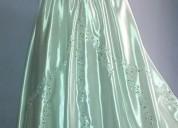 Vendo vestidos de novia incluye cola $60