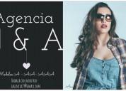 Se busca modelos a- aa- aaa para web cam