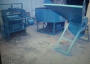 Maquinaria bloquera en machala