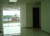 Vendo hermosa oficina 50 m con vista av orellana edificio world trade center kenedy norte en guayaqu
