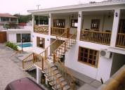 Casa con piscina alquilo en playas villamil 5 dormitorios