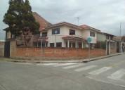 Vendo bonita casa en cuenca en zona residencial