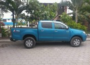 Toyota hilux doble cabina 4x2   año 2006