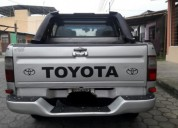 Vendo toyota hilux 4x4 266142 kms cars