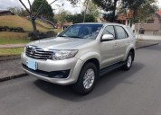 Fortuner 2013 manual 90300 kms cars