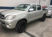 Vendo toyota hilux doble cabina 2010 4x2 158000 kms cars