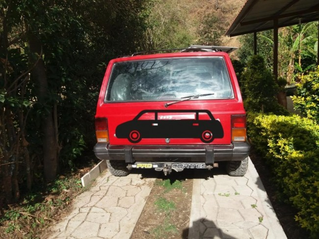 Jeep Cherokee Xj 3380000 kms cars