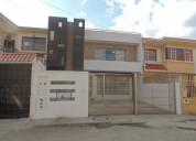 Espectacualr casa de dos departamentos como nueva en cuenca