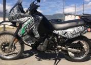 Vendo moto kawasaki ano 2009 cilindraje 650 en ibarra