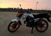 Moto thunder crs 2016 en machala