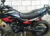 Se vende moto por motivo de viaje en buena fé