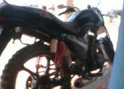 Vendo moto urjente en 700 en buena fé