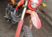 Vendo moto trunda 250 modelo 2014 en pelileo