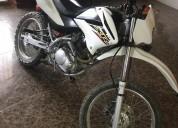 Vendo moto honda al dia en guayaquil