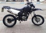 Vendo linda moto sineri al dia en portoviejo