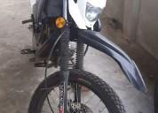 Se vende moto shineray en la troncal