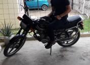 Vendo moto en portoviejo