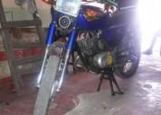 Vendo buena moto suzuki ax 2013 en babahoyo