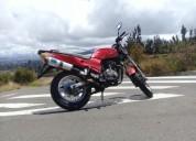 Vendo moto tundra mecamicamente bien en pelileo
