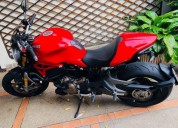 moto ducati monster 1 200 guayaquil
