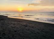 Bonita casa y minisuite playa castelnuovo tonsupa atacames esmeraldas 4 dormitorios