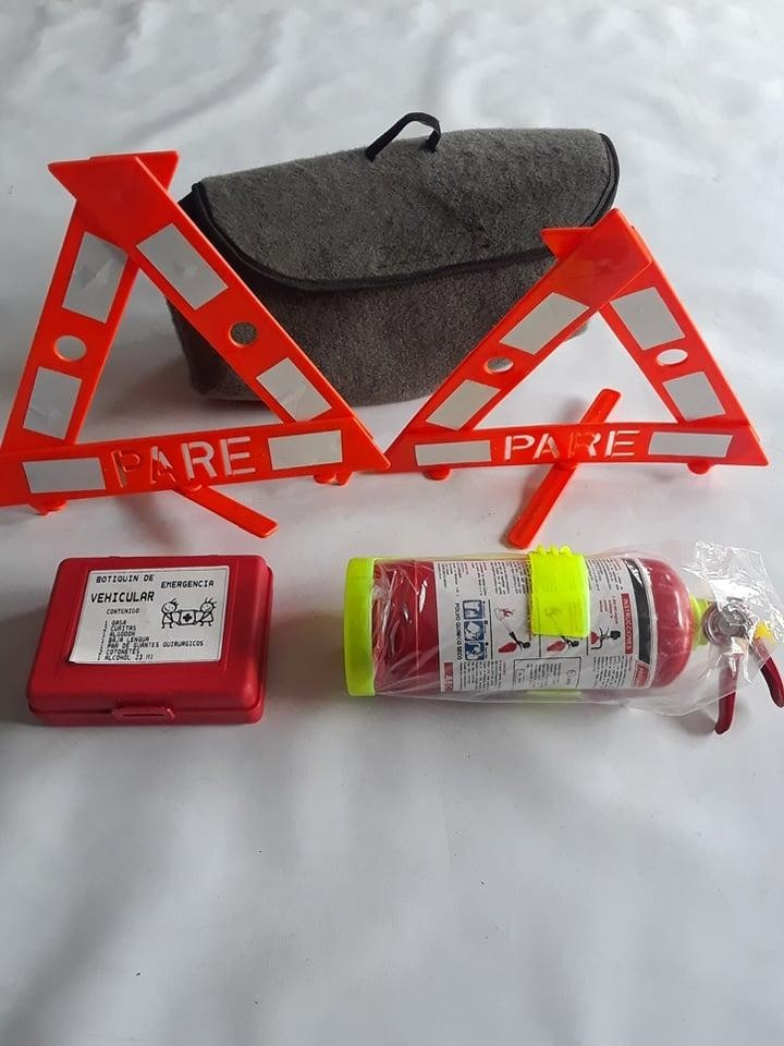 Kit de Emergencia Para Revision vehicular en Cuenca