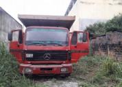 Camion mercedes benz en la troncal