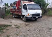 Canbio hyundai hd 72 con camioneta 4x4 en el empalme