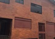 La floresta se vende edificio para oficinas o bodegas 889 m2