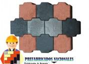 Adoquin hexagonal en gris y colores