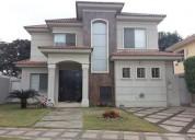 Vendo casa en estancias del rio con amplio patio 3 dormitorios 375 m2