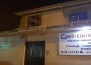 Centro médico arrienda dos consultorios
