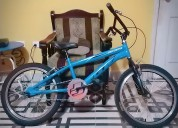 Vendo bicicleta casi nueva.