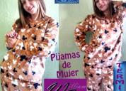 Pijamas de tela térmica para hombre y mujer.