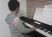 Clases de piano a domicilio.0984257802.profe ruso