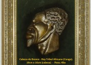 Cabeza de bronce de africa