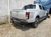 Chevrolet d max high country 2019 35200 kms