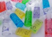 Mascarilla y gel antiseptico