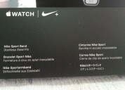 Vendo reloj apple watch serie 5 correas nike