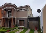 Hermosa casa de venta urb. orocity esquinera ampli