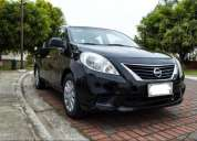 Nissan versa negro 2013, buen estado.