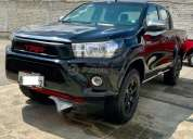 Toyota new hilux 2 4 cd 4x4 2018 30000 kms